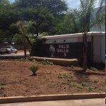 Zdjęcie Palm Valley Inn