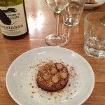 Un exemple de menu dégustation du soir à 45€. 3 entrées. 2 plats (poisson/viande). 1 assiette de