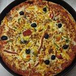 A pizza Mexico and a sorrento