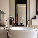 Amansara Suite Bathroom