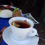 Чай в нормальных чашках