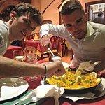 foto della paella valenciana per 3 persone