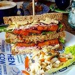 Cheddar cheese & chutney sandwich
