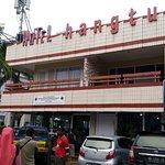 Hotel Hang Tuah - dari jalan