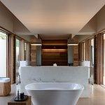 Amanwella Suite Bathroom