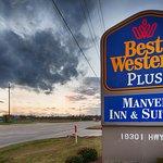 Best Western Plus Manvel Inn & Suites Image