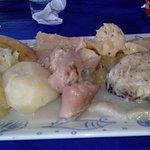El rondon (yuca, ñame, patitas de cerdo, caracol y pescado)