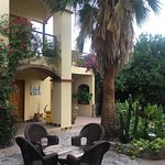 The courtyard of the Hotel Los Arcos is beautiful and comfortable.