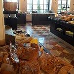 תמונה של Torrance Restaurant