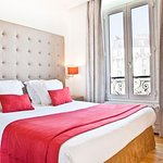 Photo of Hotel Eiffel Segur