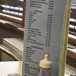 Lakeside Cafe and Bar