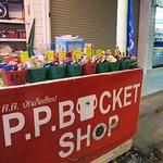 Foto de Phi Phi Bucket Shop