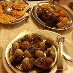 Rane, lumache e germano reale con patate