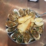 Heads & Tails Seafood & Oyster Bar
