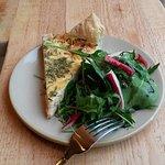 Salmon bioricotta Querceta and chives tart