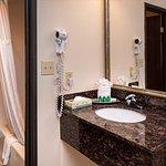 Photo de BEST WESTERN Airport Albuquerque InnSuites Hotel & Suites