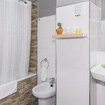 Baño de Habitación Doble Estándar en Hotel San Miguel Gijón