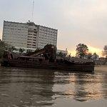 Vista del hotel desde el río Uruguay