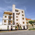 El hotel se encuentra ubicado en una residencial privada con seguridad y vigilancia las 24 horas