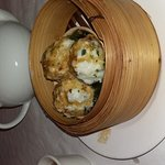 Steamed cuttlefish balls