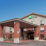 Photo of Holiday Inn Express Glenwood Springs