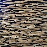 Gran repercusión han alcanzado los productos transformados de la industria corcho-taponera.
