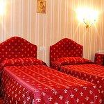 993658 Guest Room