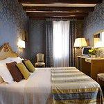 612214 Guest Room