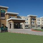 La Quinta Inn & Suites San Antonio I-10 East AT&T Center