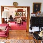 sitting room/dinning room