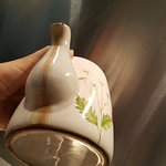 for a £2000 self catering holiday this is the disgusting filthy cracked teapot you will get