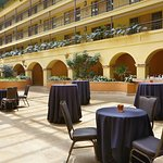 Embassy Suites by Hilton Hotel Los Angeles International Airport South