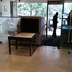 lobby metal detector