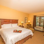 Photo of Hampton Inn & Suites Tahoe-Truckee