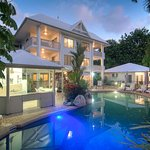 The Port Douglas Queenslander & Pool in an evening