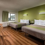 Photo de Motel 6 Canoga Park