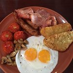beautiful breakfast for a decent price, proper bacon and sausage, also nice cans of cider and th