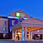 Photo de Holiday Inn Express Hotel & Suites Dothan North