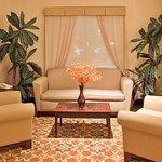 Photo de Holiday Inn Express & Suites Port Richey