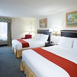 Photo of Holiday Inn Express St. Clairsville