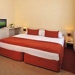612184 Guest Room