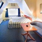 653557 Guest Room