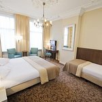 601569 Guest Room