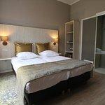 635988 Guest Room