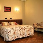 451472 Guest Room