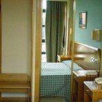 450609 Guest Room
