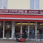 صورة فوتوغرافية لـ Star Cafe Pie & Mash