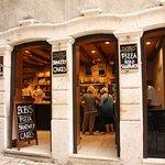 Photo de Bobis Caffe Bar