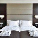 642772 Guest Room
