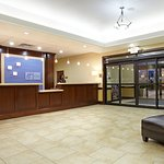 Foto de Holiday Inn Express Hotel & Suites Deer Park